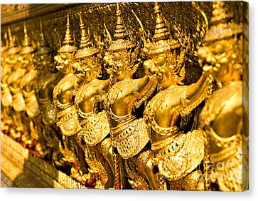 Canvas Print featuring the photograph  Wat Phra Kaeo by Luciano Mortula