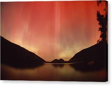 Aurora Borealis Over Jordan Pond Canvas Print by Michael Melford