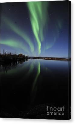 Aurora Borealis Over Long Lake Canvas Print