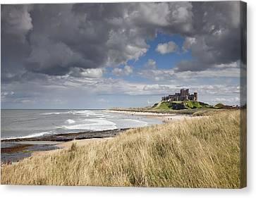 Bamburgh Castle Northumberland, England Canvas Print by John Short
