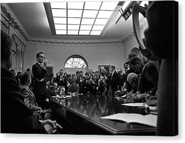 Bill Moyers, Lyndon Johnsons Press Canvas Print