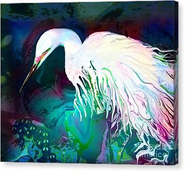 Bird Of Paradise Canvas Print by Doris Wood