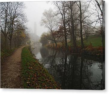 Canal 2 Canvas Print by Steve Watson