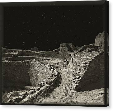 Chaco Canyon Canvas Print by Gordon Engebretson