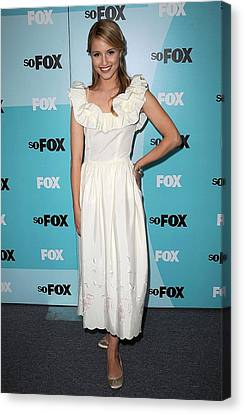 Dianna Agron At Arrivals For Fox Canvas Print by Everett