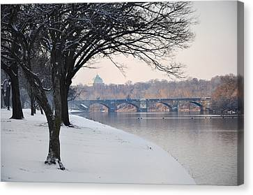 East River Drive - Philadelphia Canvas Print by Bill Cannon