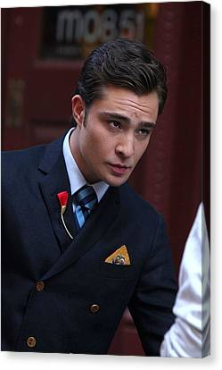 Ed Westwick On Location For Gossip Girl Canvas Print by Everett