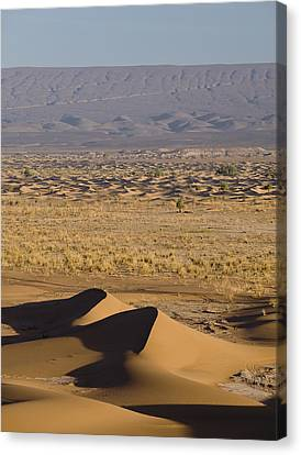 Erg Chigaga, Sahara Desert, Morocco, Africa Canvas Print by Ben Pipe Photography