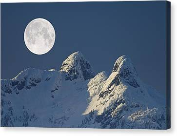 Full Moon Over The Lions, Canada Canvas Print by David Nunuk
