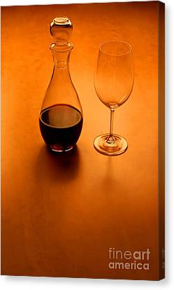 Glas And Wine  Canvas Print by Kristian Peetz