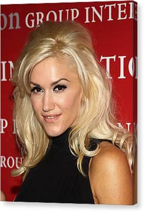 Gwen Stefani At Arrivals For Fashion Canvas Print by Everett