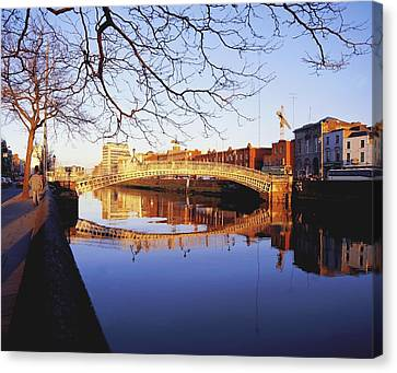 Hapenny Bridge, River Liffey, Dublin Canvas Print by The Irish Image Collection