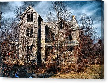 House In Ruins Canvas Print by Trudy Wilkerson