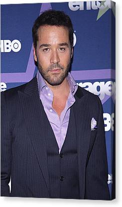 Jeremy Piven At Arrivals For Entourage Canvas Print by Everett