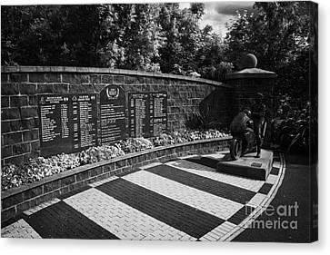 Joey Dunlop Memorial Garden In Ballymoney County Antrim Northern Ireland Canvas Print by Joe Fox