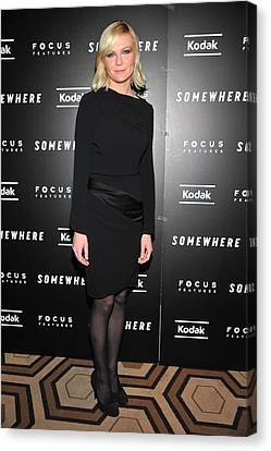 Kirsten Dunst At Arrivals For Somewhere Canvas Print by Everett