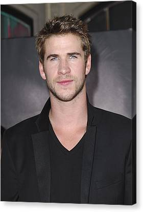 Liam Hemsworth At Arrivals For Thor Canvas Print