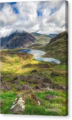Llyn Idwal Lake Canvas Print by Adrian Evans