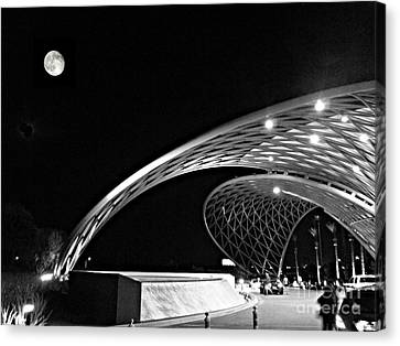 Morongo Moon Canvas Print by Kevin Moore