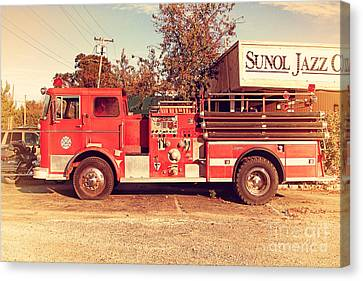 Old Whitney Seagrave Fire Engine At The Sunol Jazz Cafe In Sunol California . 7d10785 Canvas Print by Wingsdomain Art and Photography