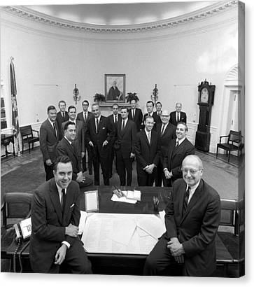 President Lyndon Johnson Posing Canvas Print by Everett