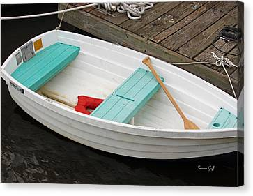 Ready To Go Canvas Print by Suzanne Gaff