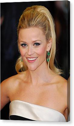 Reese Witherspoon At Arrivals For The Canvas Print by Everett