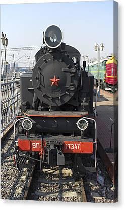 Russian Steam Locomotive 9p-17347 Canvas Print by Igor Sinitsyn