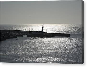 Scarborough Bay Canvas Print by Svetlana Sewell