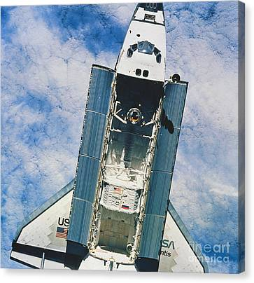 Space Shuttle Atlantis Canvas Print by Science Source