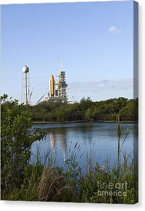 Space Shuttle Atlantis Sits Ready Canvas Print by Stocktrek Images
