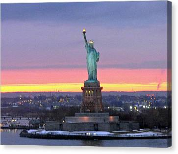 Statue Of Liberty At Sunset Canvas Print by Mircea Veleanu