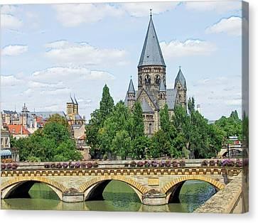 Canvas Print featuring the photograph Temple Neuf De Metz Metz France by Joseph Hendrix