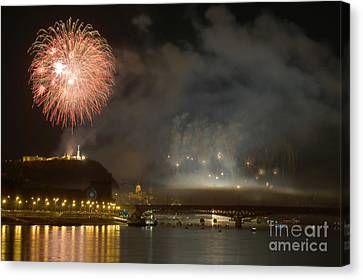 Independance Canvas Print - The Firework by Odon Czintos