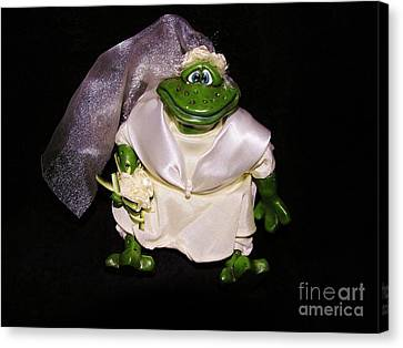 Canvas Print featuring the photograph The Green Bride by Sherman Perry