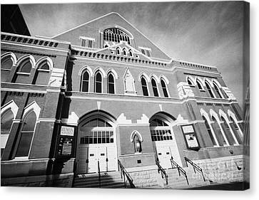 The Ryman Auditorium Former Home Of The Grand Ole Opry And Gospel Union Tabernacle Nashville Canvas Print by Joe Fox