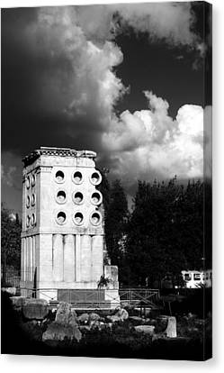 Tomb Of Eurysaces The Baker Canvas Print by Fabrizio Troiani
