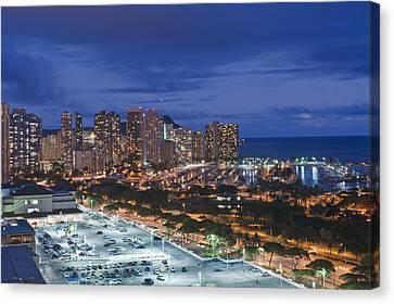 Usa Hi Honoluluwaikiki Skyline Canvas Print