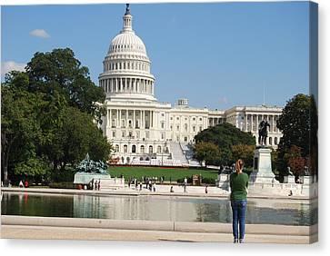 Washington Dc Capitol  Canvas Print by Lissandra Melo