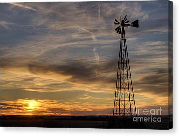 Windmill And Sunset Canvas Print by Art Whitton