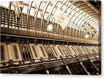 Leadenhall Market London Canvas Print by David Pyatt