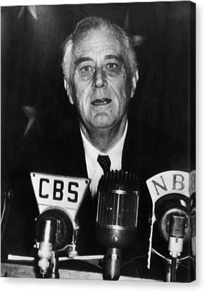 President Franklin D. Roosevelt Canvas Print by Everett