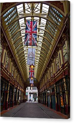 Leadenhall Market London Canvas Print by David Pyatt