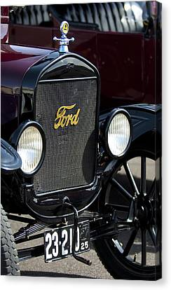 1925 Ford Model T Coupe Grille Canvas Print by Jill Reger