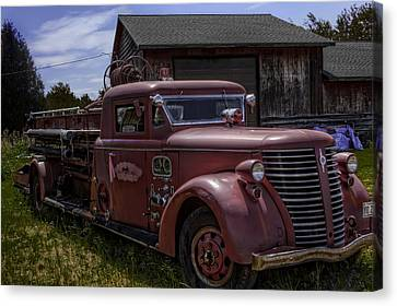1939 American Lafrance Foamite Canvas Print by Tom Gort