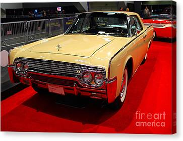 1961 Lincoln Continental Sedan . 7d9230 Canvas Print by Wingsdomain Art and Photography