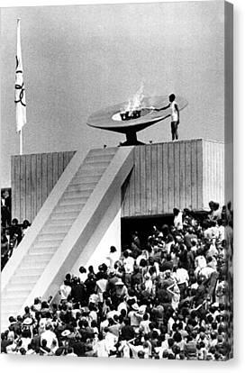 1968 Olympics, Enriqueta Basilio Canvas Print by Everett
