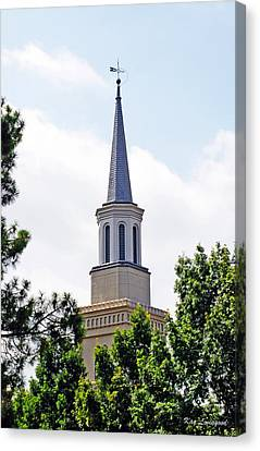 Canvas Print featuring the photograph 1st Presbyterian Steeple by Kay Lovingood