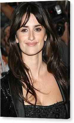 Penelope Cruz At Arrivals For New York Canvas Print by Everett