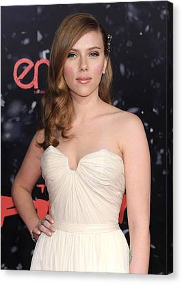 Scarlett Johansson At Arrivals Canvas Print
